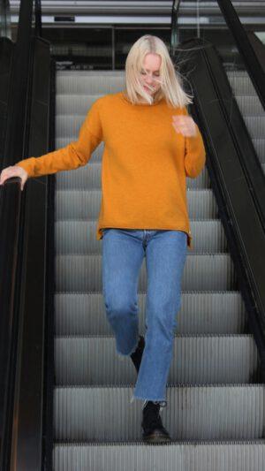 Vang oker genser 1