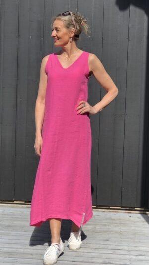 sandnes Bright pink 1