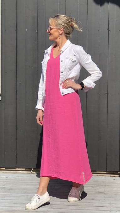 sandnes Bright pink 2